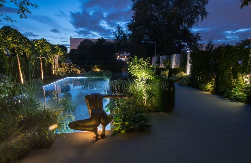 Trädgård av Oxana Khleborodova - Gran Prix av festivalen royaltyfria bilder