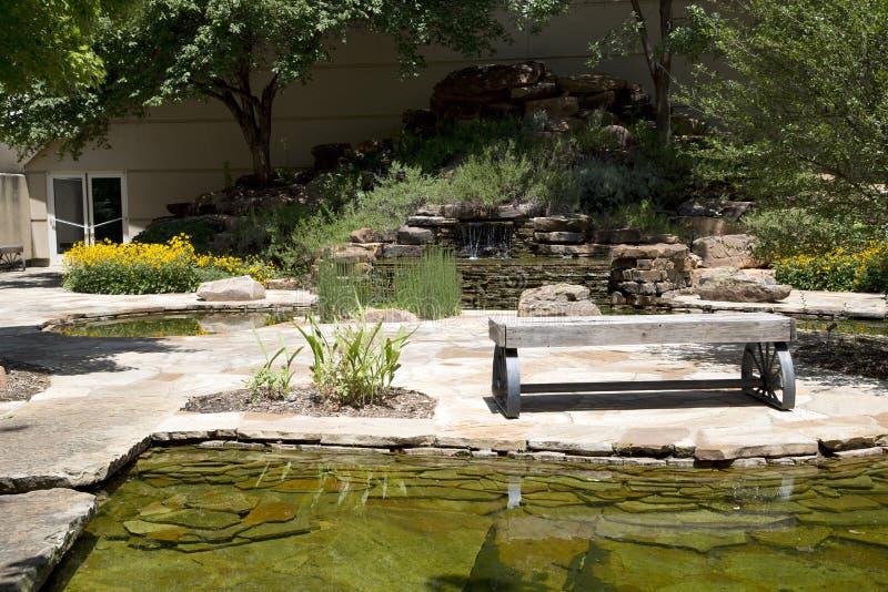 Trädgård i den nationella cowboyen & det västra arvmuseet Oklahoma royaltyfria foton