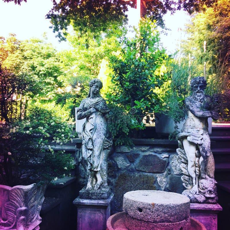 Trädgård i Italien fotografering för bildbyråer