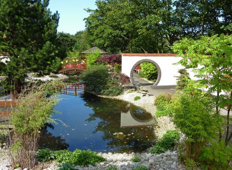 trädgård landskap orientaliskt royaltyfria bilder