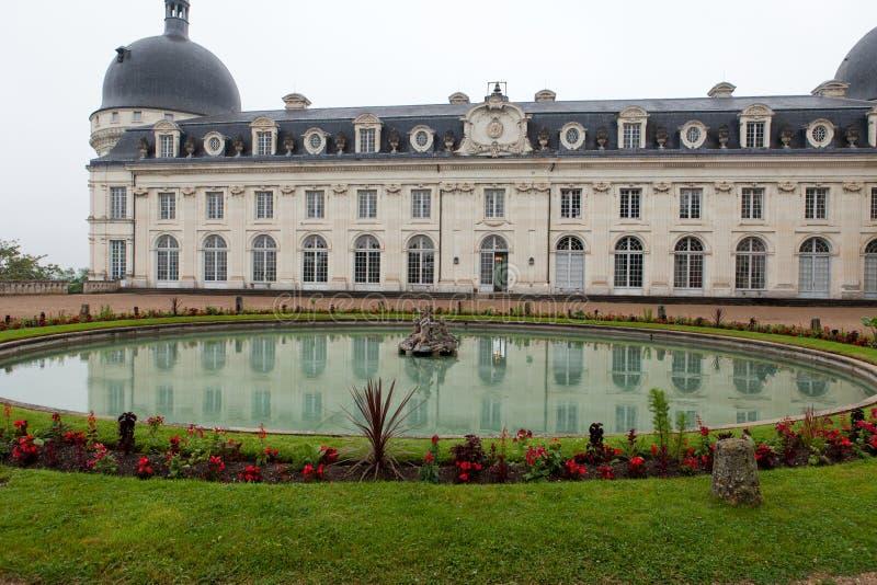 Trädgård och slott av Valencay arkivfoto