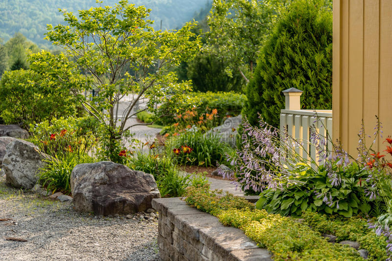 Trädgård som upstate landskap i New York arkivbilder