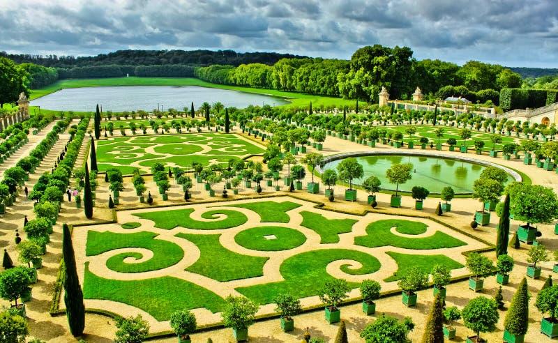 Trädgårdar av Versailles arkivfoto