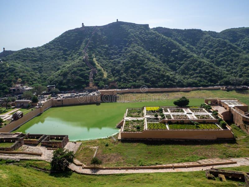 Trädgårdar från Amber Fort i Jaipur, Indien royaltyfri fotografi