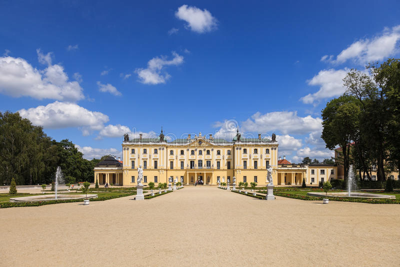 Trädgårdar i Bialystok royaltyfria bilder