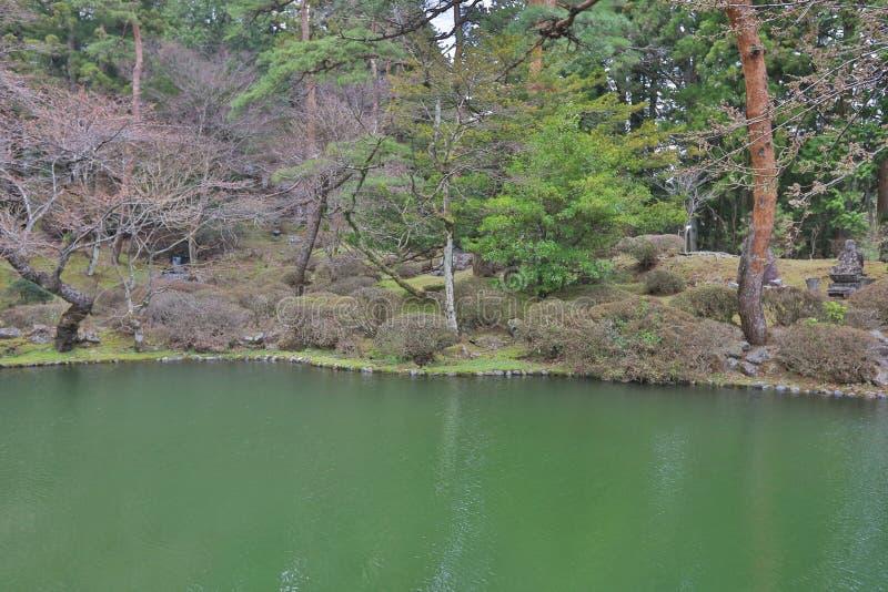 trädgården på Sanbutsu gör templet royaltyfri foto