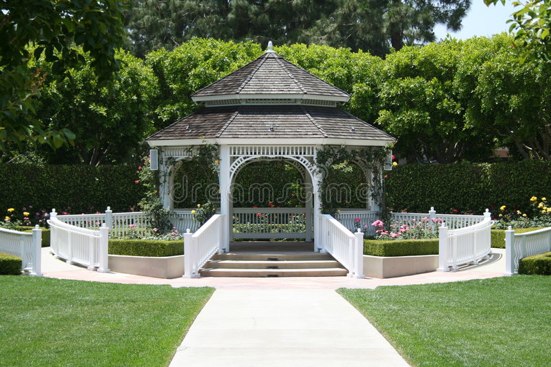 trädgårds- bröllop arkivbild