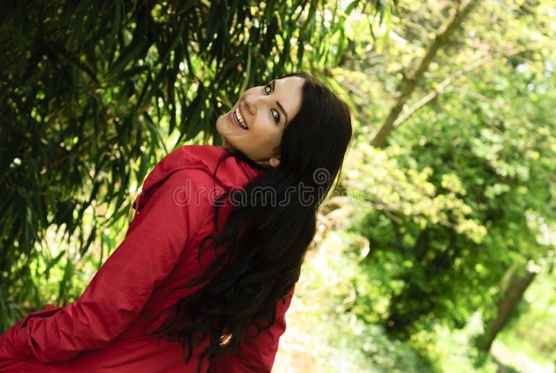 trädgårds- flickared för kappa royaltyfria foton