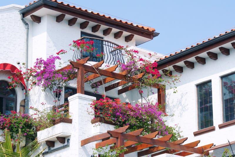 Trädgårds- hotell royaltyfria foton