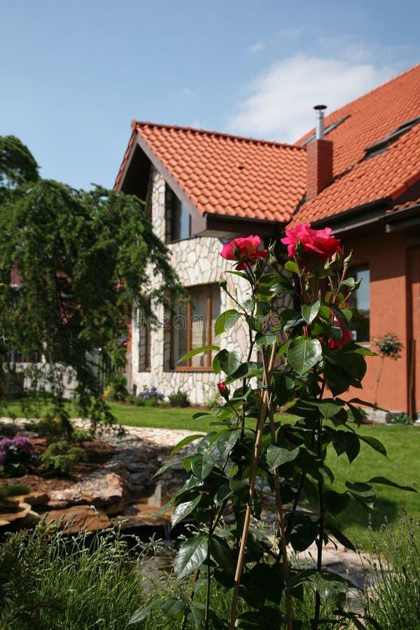 trädgårds- hussommar royaltyfria foton