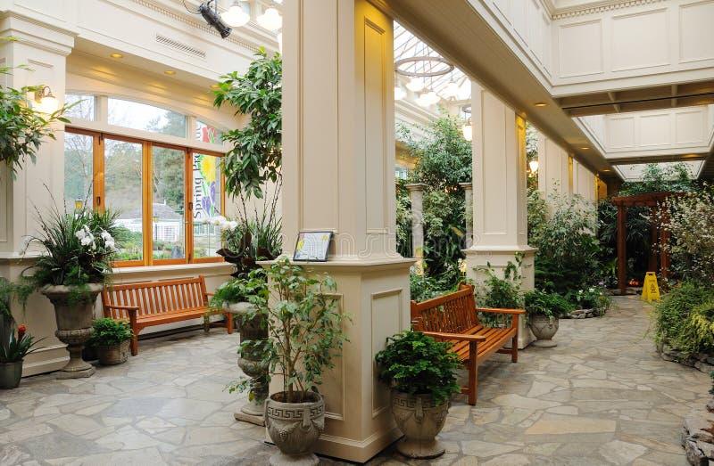 trädgårds- inomhus royaltyfria bilder