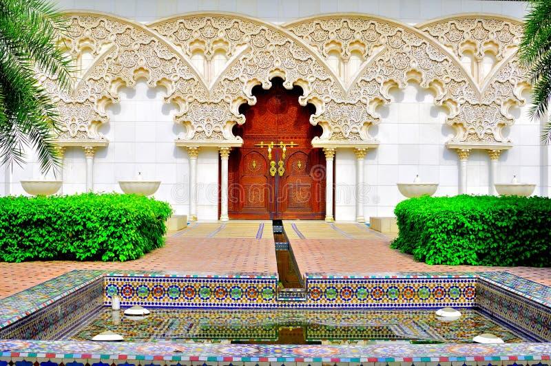 trädgårds- moroccan för arkitektur royaltyfri foto