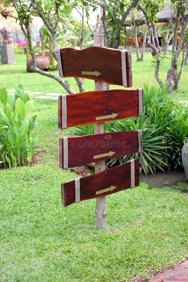 trädgårds- signage royaltyfria foton