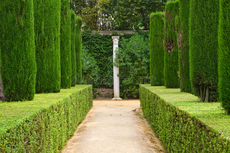 trädgårds- slottpoets för alcazar royaltyfria foton