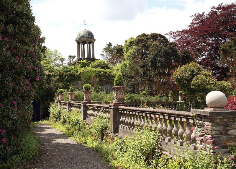 Trädgårds- torn arkivbilder