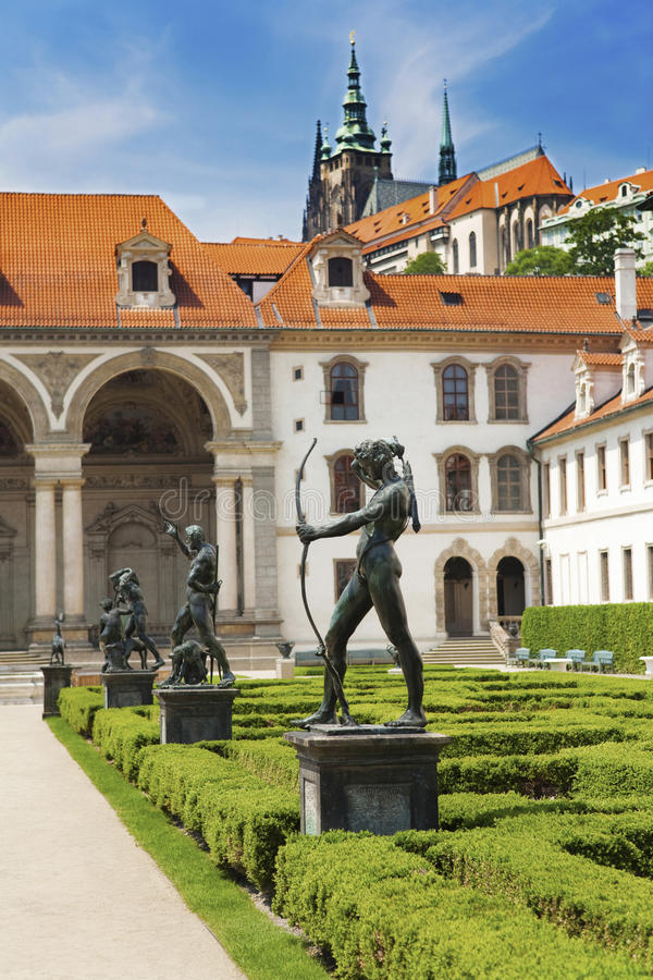 trädgårds- wallenstein royaltyfri bild