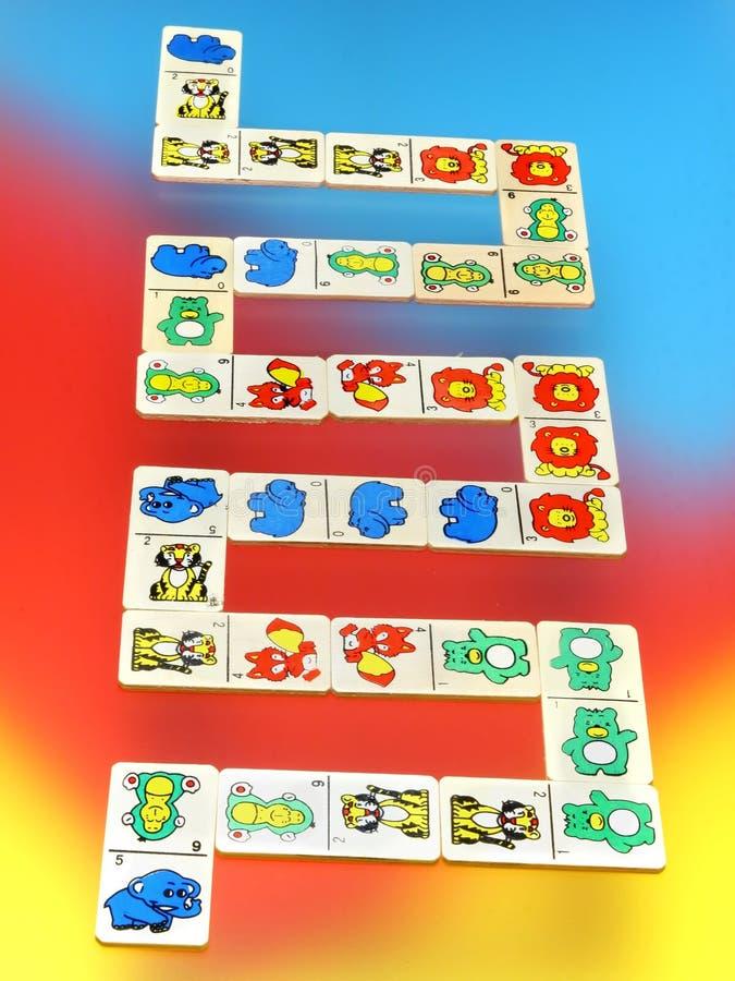 Download Träfärgrika toys för backg arkivfoto. Bild av meet, grann - 3544868