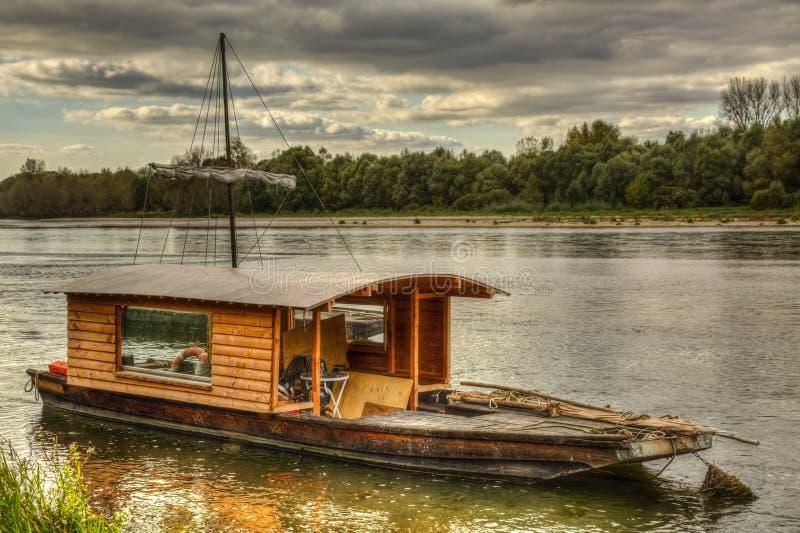 Träfartyg på Loire Valley royaltyfri bild