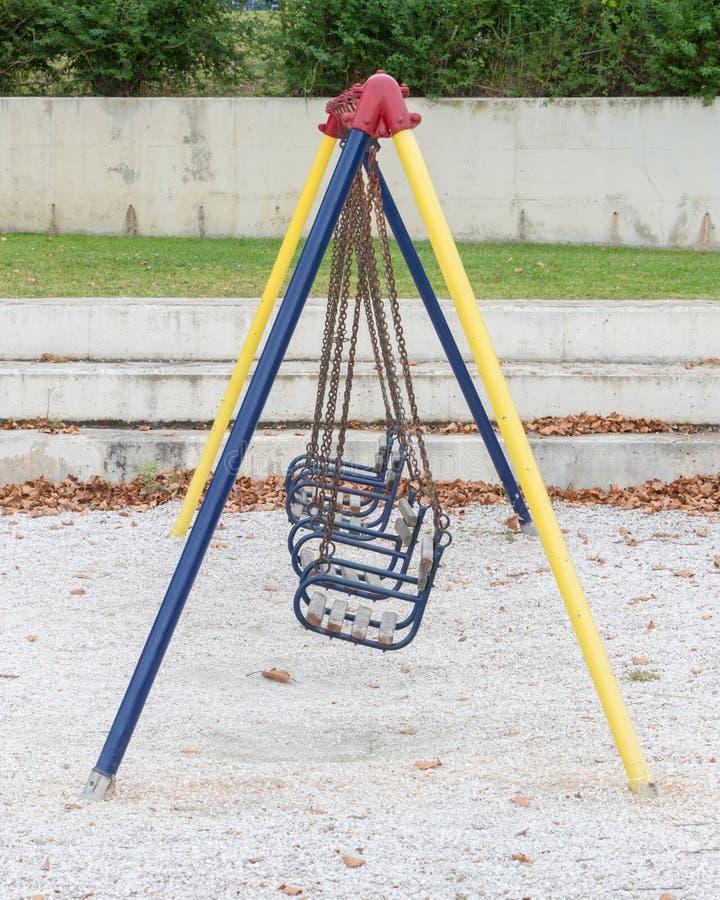 trägammal swing arkivfoton