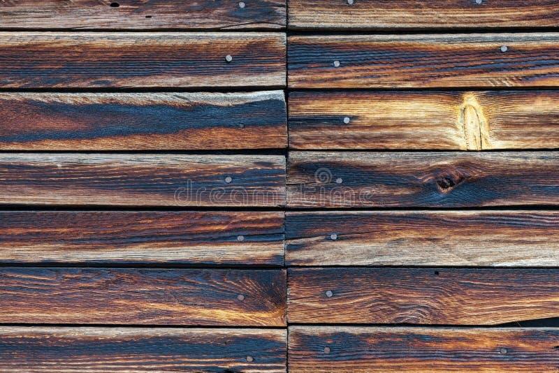 trägammal ungefärlig vägg arkivfoton