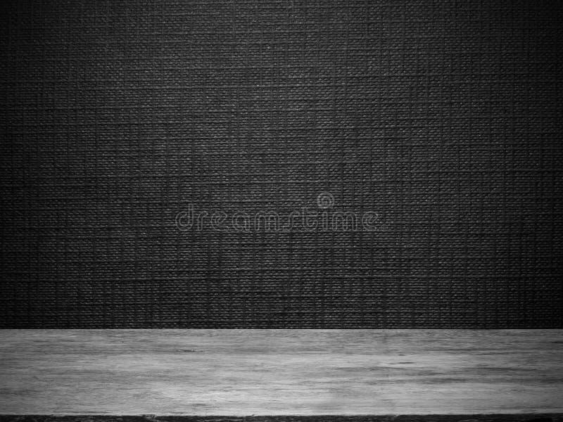 tr golv och svart tapet arkivfoto bild av m rkt korn. Black Bedroom Furniture Sets. Home Design Ideas