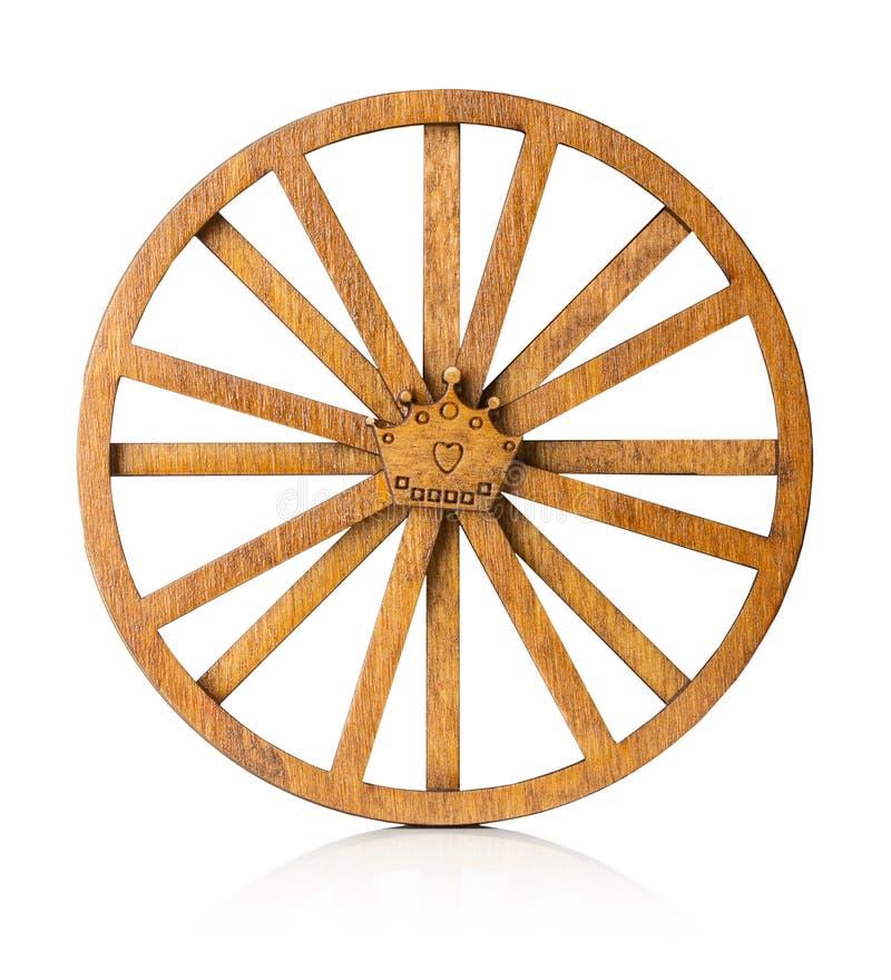 Trähjul på den vita bakgrunden royaltyfri fotografi