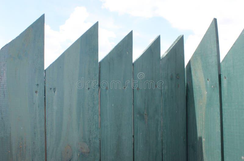 trähorisontalbild för bakgrundsstaketgreen arkivbilder
