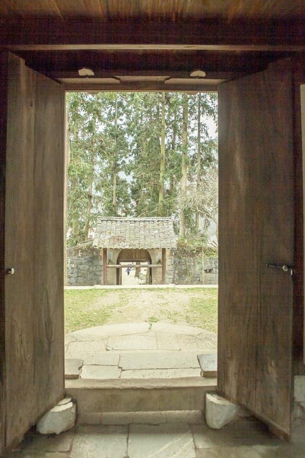 Trähus för härlig arkitektur, Vuongs husslott arkivfoton