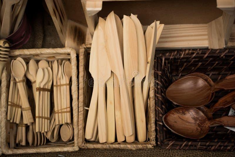 Träknivar som en uppsättning i skärm royaltyfria foton