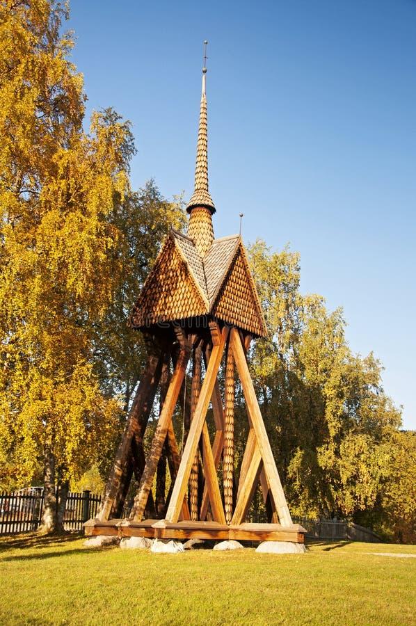 Träkyrka i Kvikkokk, nordliga Sverige royaltyfri bild