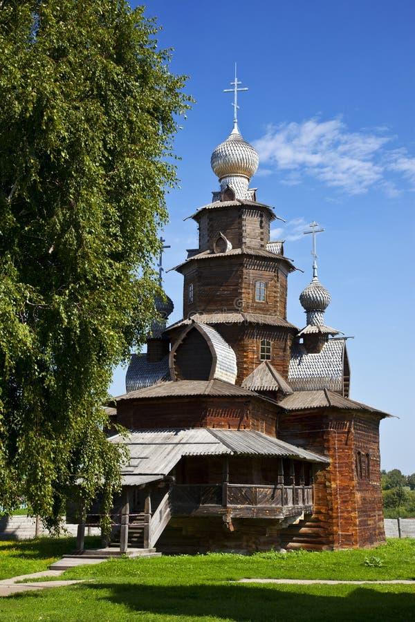 Träkyrkan av omgestaltning i det Suzdal museet, Ryssland royaltyfri fotografi