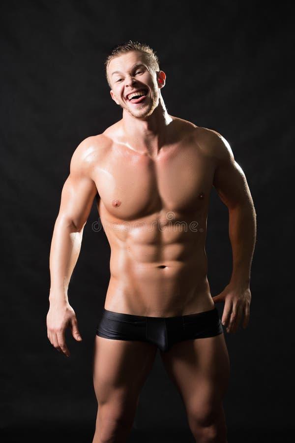 Tränga sig in manlig modell royaltyfri foto