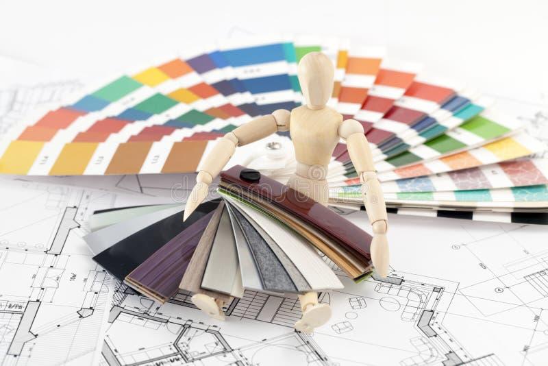 träpalett för färgman arkivfoton