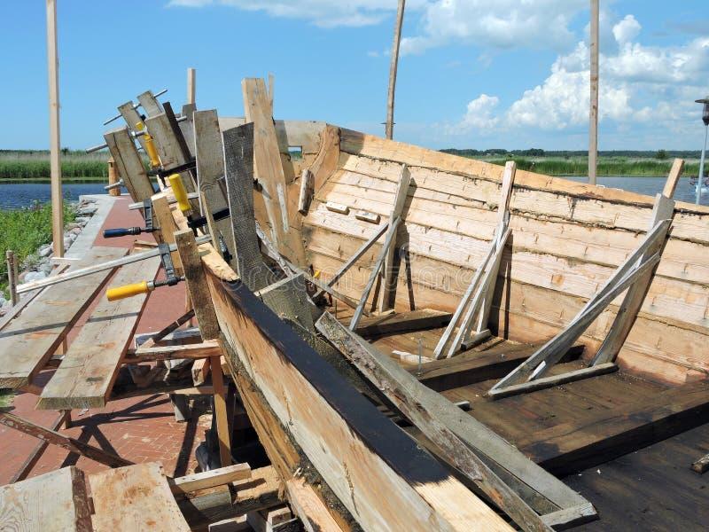 Träskeppbyggnad arkivfoton