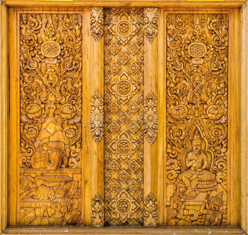 Träskulptur Thailand royaltyfri bild