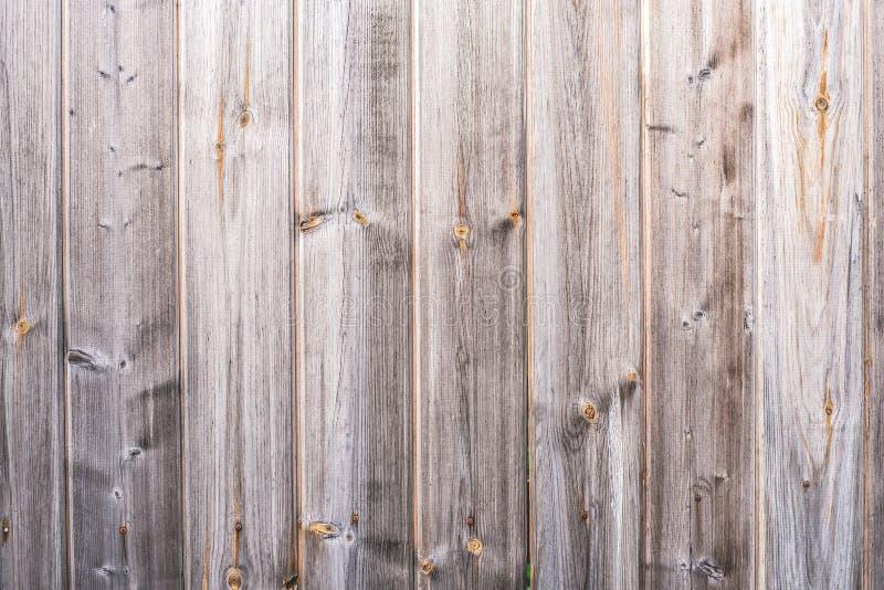 trästaket med för skällträ för lantlig planka grå bakgrund, abstrakt bakgrund arkivfoton