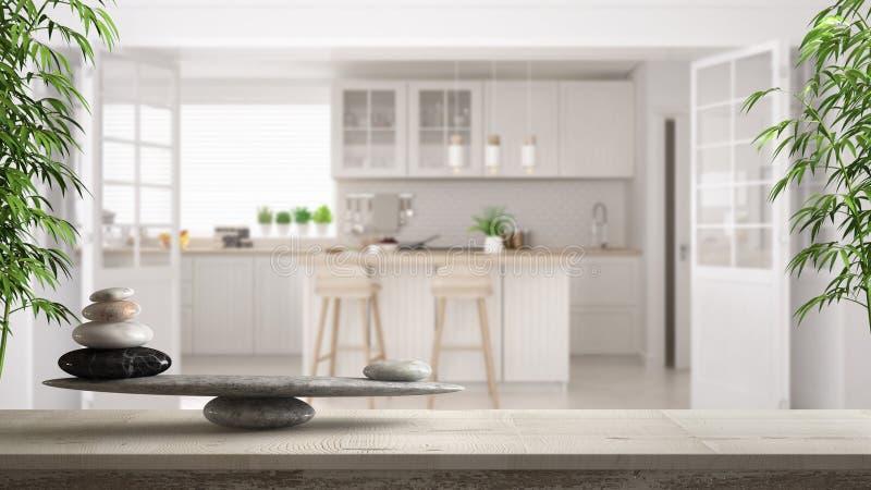 Trätappningtabell eller hylla med stenjämvikt, över suddigt scandinavian klassiskt vitt kök, fengshui, zenbegreppsarchitec arkivfoto