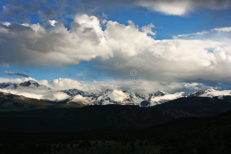 Träumen in den Wolken lizenzfreies stockfoto