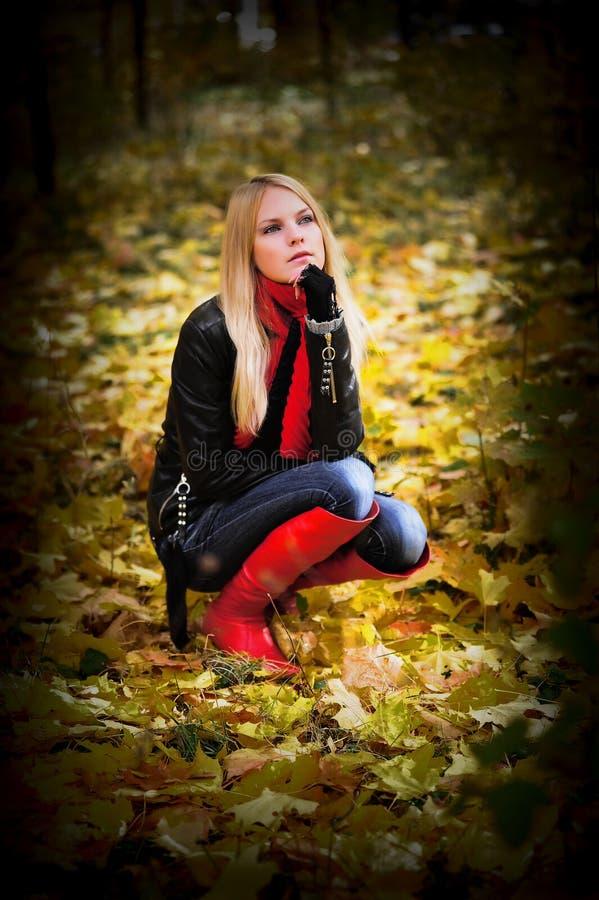 Träumen der Blondine lizenzfreie stockfotos