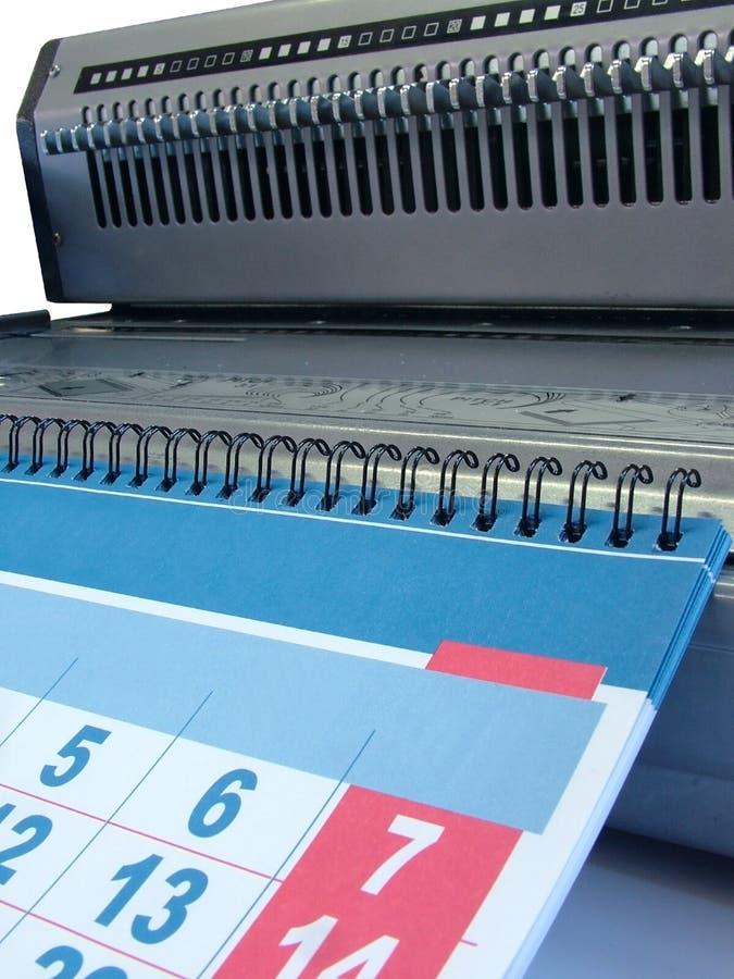 tråd för 2 binding maskiner fotografering för bildbyråer