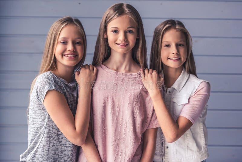 Três adolescentes imagens de stock royalty free