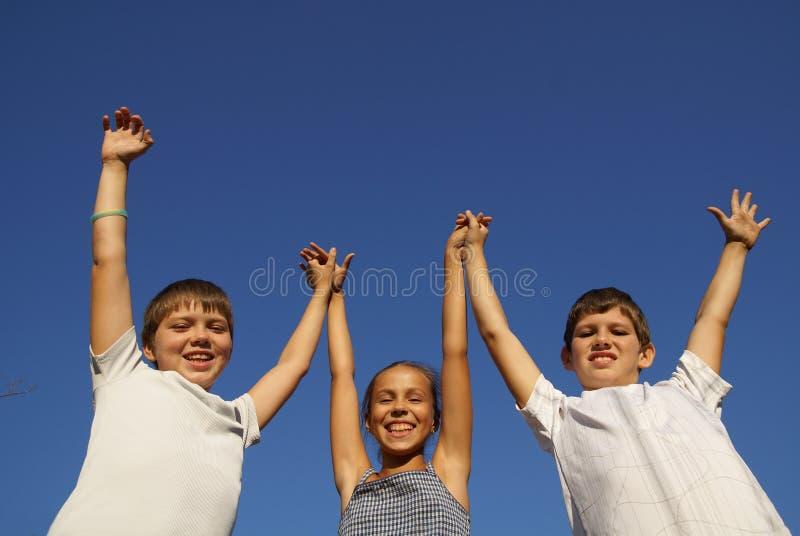 Três amigos do preteen imagem de stock