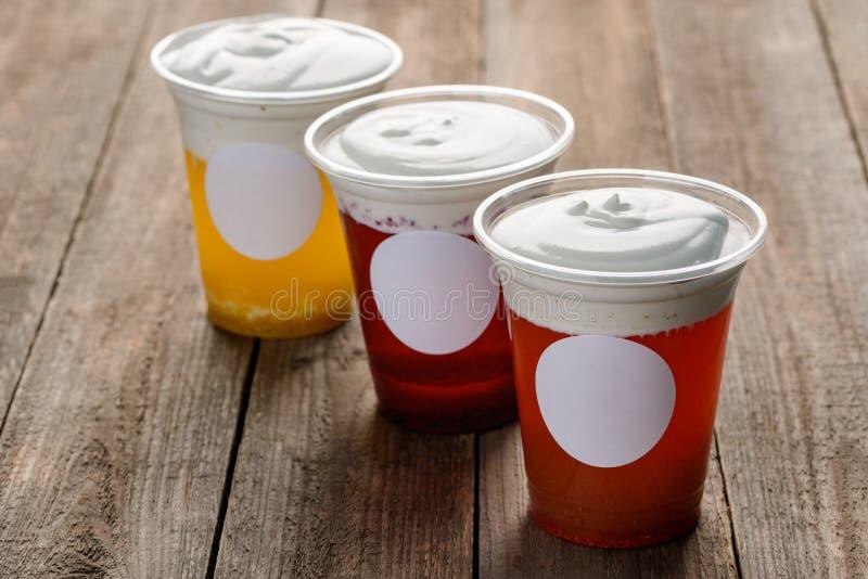 Três copos do chá do queijo fotografia de stock royalty free