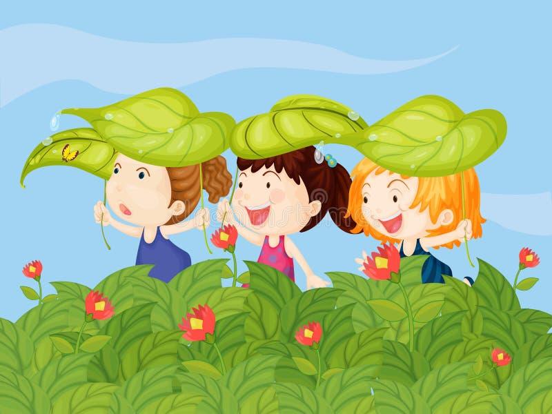 Três crianças que jogam no jardim ilustração royalty free
