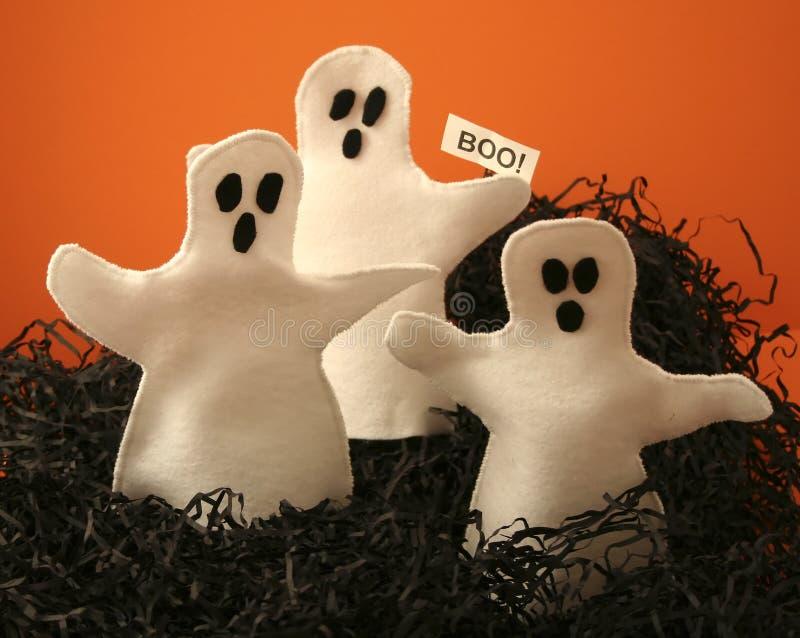 Três fantasmas de Halloween fotos de stock royalty free