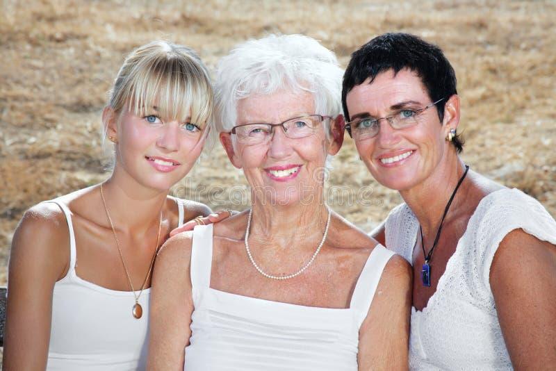 Três gerações de mulheres fotos de stock