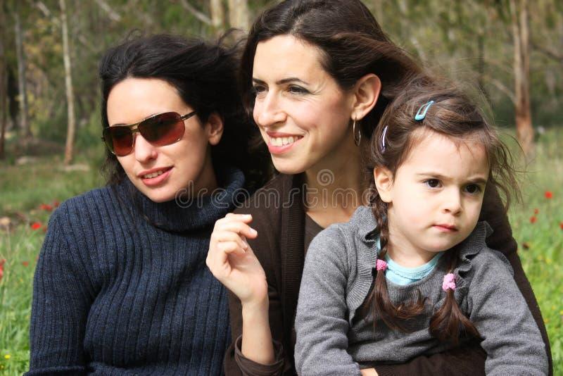 Download Três meninas imagem de stock. Imagem de família, meninas - 12802723