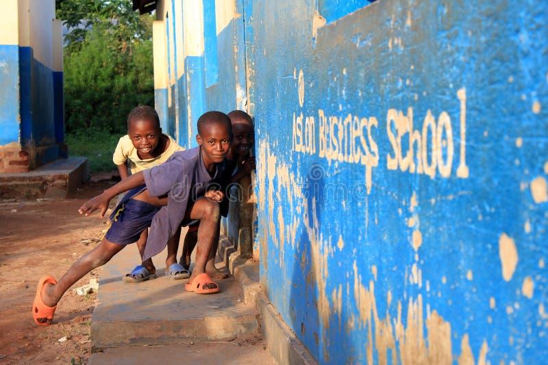 Três meninos de Uganda imagem de stock