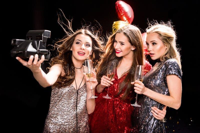 Três mulheres lindos fotografia de stock royalty free