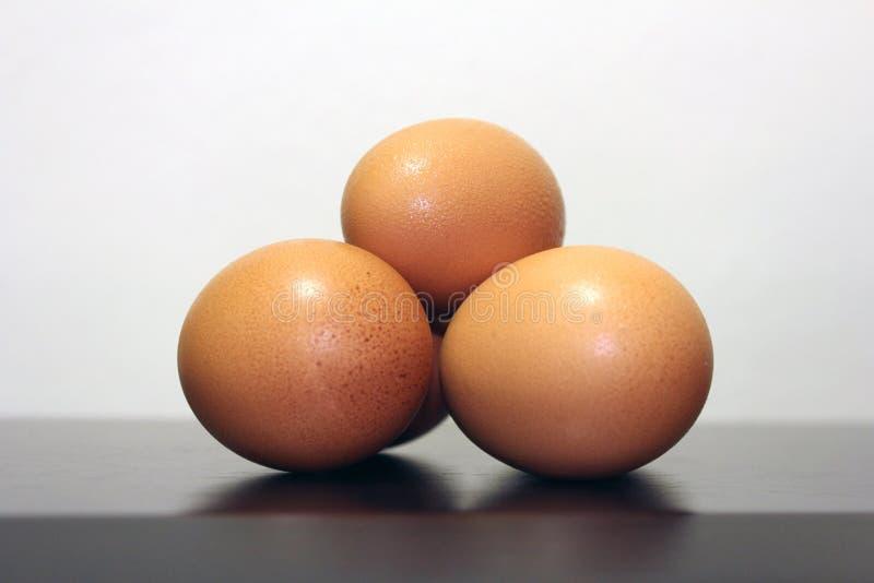 Três ovos de galinha fotos de stock